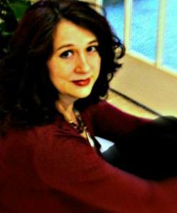 Author Andrea Cooper