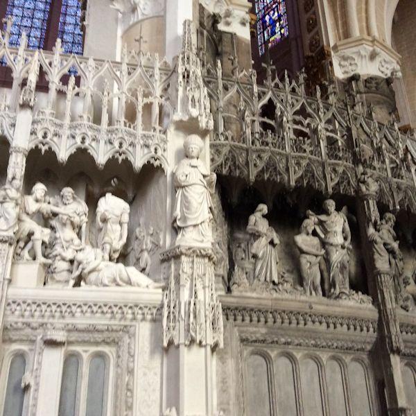Chartres exterior